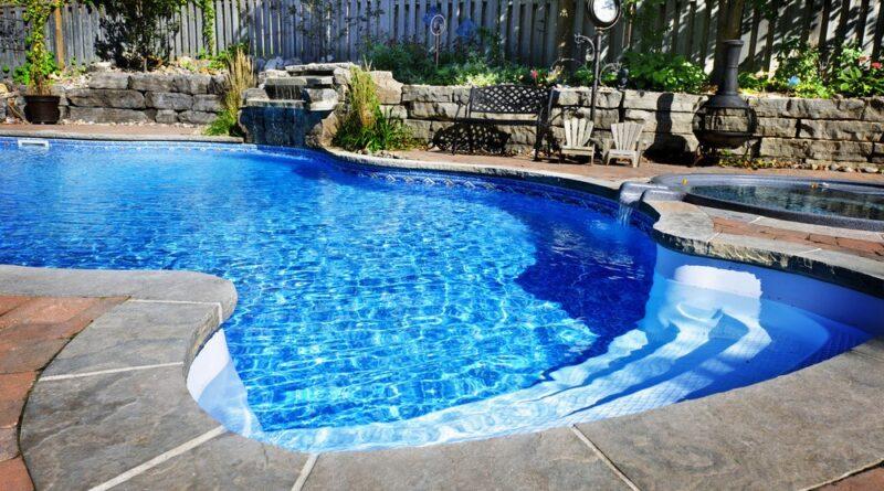 Swimming Pool Clean